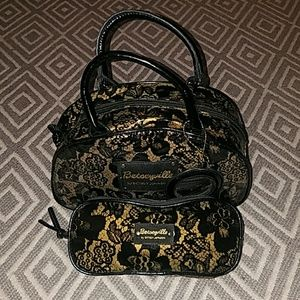 Betsey Johnson make up bag / travel set